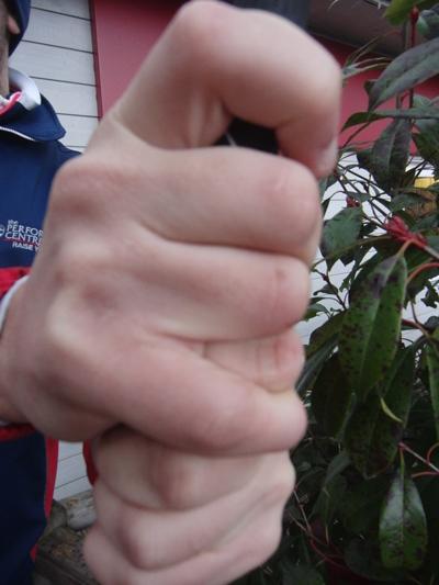 TIP-interlocking-grip-2