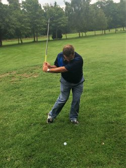 correct way to hit a pitch shot